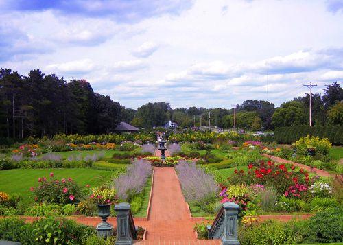 Munsinger Gardens copyWEB
